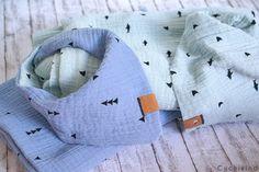 Knitting Patterns Boy Sewing with muslin fabric Baby Knitting Patterns, Easy Baby Sewing Patterns, Baby Sewing Projects, Baby Clothes Patterns, Crochet Patterns, Baby Clothes Storage, Baby Clothes Quilt, Sewing Baby Clothes, Designer Baby Clothes