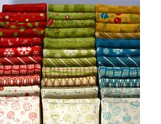 Fat quarter projects. I may have to start stocking up on fat quarters when they are on sale!