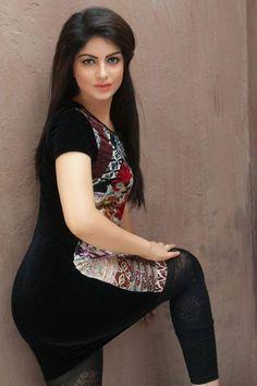 http://www.mumbaidreamnight.com/Mumbai-Call-Girls-Photos.html