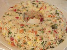 Υλικά:    2 κούπες ρύζι τύπου Uncle Ben's  1 κιλό κατεψυγμένα ανάμεικτα λαχανικά  1 ποτήρι κρασιού κριθαράκι  1 ποτήρι κρασιού ελαιόλαδο...