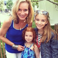 Meet Beth Littleford, G Hannelius And Francesca At A Window Between Worlds Event June 2013 Disney Channel Stars, Disney Stars, G Hannelius, Dog With A Blog, Disney Now, Merrie Melodies, Cute Costumes, Girl Meets World, Hair Styles 2016