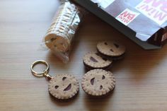 Small & beautiful Biscuit keychain/ Porte clé Biscuit par oyatsu, €4,90