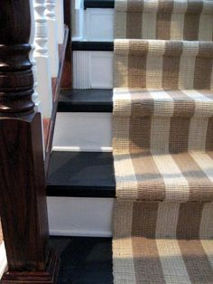 Refinishing old carpeted stairs with molding and puddy