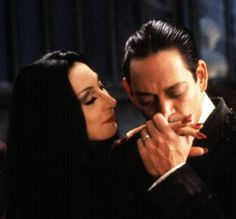 Morticia: A day alone, only that would be death.  Gomez: To live without you, only that would be torture. Morticia Addams, Gomez And Morticia, The Addams Family, The Family, Family Photos, Top Imagem, Funny Quotes, Funny Memes, 90s Quotes