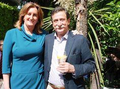 De izquierda a derecha: Dña. Sonia Fernández Duran, Directora General del Instituto Europeo de Salud y Bienestar Social; Dr. Manuel Gómez Benito, Presidente del Colegio Oficial de Médicos de Salamanca.