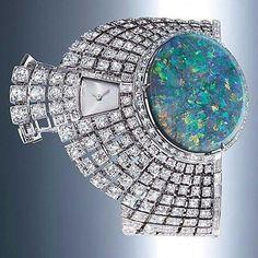 7be4171b401 Luxe en Prestige The secret hours of Cartier - Jewellery - Luxury Jewels - Prestige  Guide