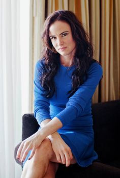 Juliette Lewis's Beauty Secrets (A Lot of Coconut Oil and Then Some) - this is my kind of girl!