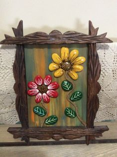 Another small pallet art picture. This one's for my mother in-law. She is a great artist/crafter. She does – BuzzTMZ Summer Crafts, Fall Crafts, Diy And Crafts, Christmas Crafts, Arts And Crafts, Paper Crafts, Stone Crafts, Rock Crafts, Stone Painting