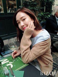 Jessica Snsd, Jessica & Krystal, Krystal Jung, Snsd Fashion, Fashion Line, Kpop Girl Groups, Kpop Girls, Jessica Jung Fashion, Ex Girl
