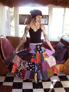 I had this seller make me a custom spinner skirt...one of my most prized posessions and after my cats this would be one of the next things I'd go back into my house to get if it was on fire!  LOL!