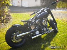 Image from http://databikes.com/imgs/a/b/d/t/s/harley_davidson__fat_boy_bobber_1997_1_lgw.jpg.