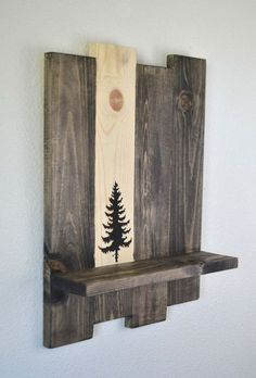 Wood Pallets Ideas Nothing can match the beauty and attraction of a roughly recycled wood pallet wall shelf like this one. Though we have had some more options too… - Arte Pallet, Pallet Art, Diy Pallet Projects, Pallet Ideas, Small Wood Projects, Craft Projects, Scrap Wood Projects, Wood Ideas, Project Ideas