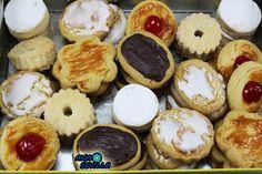 thermomix, recetas con thermomix, blog de recetas con thermomix, A Food, Good Food, Food And Drink, Pasta Thermomix, Mantecaditos, Doughnut, Donuts, Food To Make, Fondant