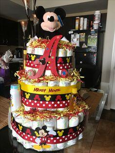 Salmon and mozzarella cake - Clean Eating Snacks Disney Diaper Cake, Diaper Cake Boy, Baby Boy Cakes, Diaper Cakes, Boy Baby Shower Themes, Baby Shower Gender Reveal, Baby Boy Shower, Baby Shower Gifts, Mickey Mouse Baby Shower