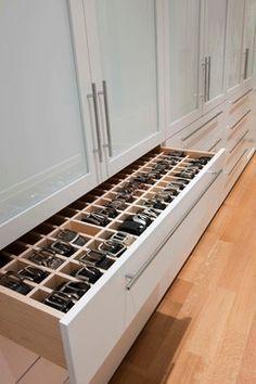 gaveta para organizar cintos