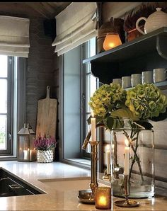 Just came across this picture showing a corner of a cozy and inviting kitchen by via . Barn Kitchen, Kitchen Decor, Kitchen Design, Design Bathroom, Building A Cabin, Cabin Kitchens, House On The Rock, Cabin Homes, Cottage Chic