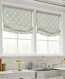 Green cordless fabric shade in kitchen #smithandnoble #fabric #homedecor