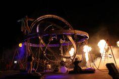 astronomical circus show by deus exmachina, cirque, spectacle de rue, luxury event, circus art, aerial performance