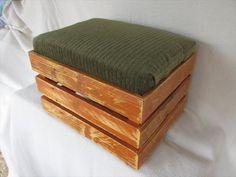 DIY Upholstered Pallet Ottoman – Step Stool | Pallet Furniture DIY