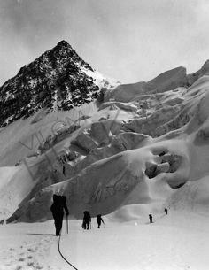 Hindúkuš K2, Climbing, Mount Everest, Mountains, Nature, Travel, Vintage, Naturaleza, Viajes