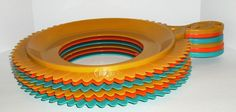 Your place to buy and sell all things handmade Paper Plate Holders, Paper Plates, Vintage Paper, Vintage Items, Vintage Picnic, Sunflower Design, Vintage Dressers, Etsy Shop, Make It Yourself