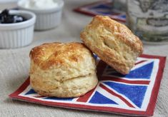 These afternoon tea scones are exactly like the ones you'll find in British tea rooms across the UK. Step by step directions make them easy! Mary Berry Scones, British Scones, English Scones, Afternoon Tea Scones, Mary Berry Recipes Afternoon Tea, Brunch Recipes, Dessert Recipes, Sweet Recipes, Desserts