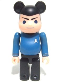 This is a Be@rbrick series 19, SF Star Trek Mister Spock, size 100%  The whole series 19 can be found here: http://www.dot52.com/bearbrick-series...