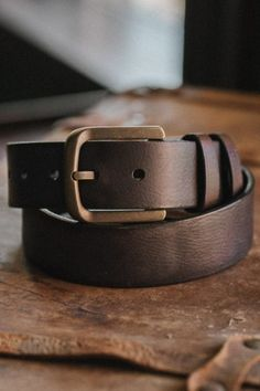 Shop Buffalo Jackson Trading Co. for rugged and vintage men's and women's apparel and classic leather bags, wallets, and goods inspired by a spirit of adventure. Leather Belts, Leather Bag, Men's Belts, Fashion Belts, Mens Fashion, Luxury Belts, Work Belt, Its A Mans World, Belt Buckles
