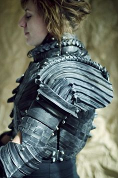 Joan of Arc Armor from Cardboard and Bicycle Tubes.  Holy cow!!!