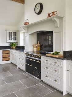 A grey kitchen designed by Harvey Jones finds the perfect balance between traditional cabinetry & 38 best Our Original Kitchens images on Pinterest in 2018 | Cuisine ...