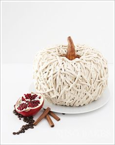 3D pumpkin cake using a bundt pan  |  TheCakeBlog.com  #holidayentertaining