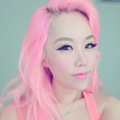 Pink #hair!
