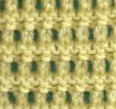 Simple #knitting #Stitch #Tutorial for a mesh stitch. This is from a great site with many knitting tutorials.