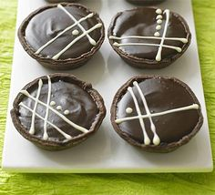 Chocolate caramel tartlets - look tastyyy however this recipe is all British and they measure ingredients differently