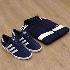 A Fine pair!! Collegiate Navy Hamburgs looks cool with the Navy adidas track top