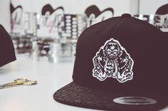Von der Stange war gestern! Individuell und hochwertig ist heute.gestalte ab dem ersten Teil dein Style!! Snapback Cap, Fashion, Moda, Fashion Styles, Snapback Hats, Fashion Illustrations, Snapback