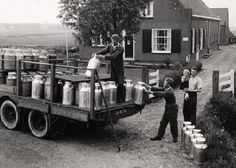 My grandpa used to sell milk. They had big coolers of water they kept the cans of milk in until the milk truck came. Old Pictures, Old Photos, Vintage Photos, Agriculture, Farming, White Tractor, Pictures Of America, Milk Cans, Vintage Farm