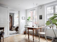 my scandinavian home: An Idyllic Swedish Apartment In A Hidden Courtyard Home Interior, Interior Styling, Interior Decorating, Scandinavian Apartment, Scandinavian Home, Cottage Kitchens, Swedish House, Design Blog, White Houses