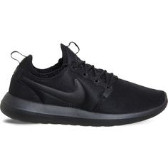 NIKE Roshe Two mesh trainers ($105) ❤ liked on Polyvore featuring shoes, sneakers, mesh sneakers, flexible shoes, laced sneakers, lacing sneakers and lace up sneakers
