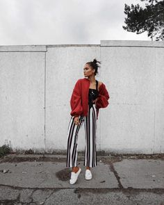"10.5 k likerklikk, 67 kommentarer – Alicia Roddy (@lissyroddyy) på Instagram: ""Majorly loving these striped trousers, I've been after a pair for ageeeeeees  trousers from…"""