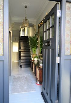 Entrace hallway, Victorian terrace hallway, black painted staircase, Farrow & Ball Railings, white p Victorian Terrace Hallway, Edwardian Hallway, Victorian Terrace Interior, Victorian House Interiors, Victorian Homes, 1930s Hallway, Edwardian Staircase, 1930s House Interior, Farrow Ball