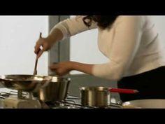Nigella Lawson - Nigella's Christmas Bites - Cranberry, Orange and Almond Pudding