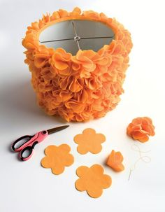 a cute way to customize a boring white drum shade: add fabric flowers for t. -What a cute way to customize a boring white drum shade: add fabric flowers for t. Felt Flowers, Diy Flowers, Fabric Flowers, Felt Crafts, Diy And Crafts, Fabric Crafts, Diy Design, Craft Projects, Projects To Try