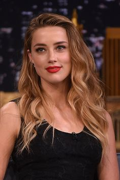 Amber Heard SIZZLING