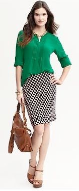 navy pencil skirt outfits | Outfit Posts: outfit post: kelly green blouse, polka-dot pencil skirt