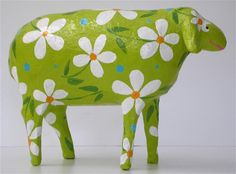 Margerit-green madow sheep\paper mache\18cm long