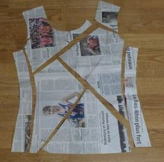 Good idea for using different fabrics, trace original pattern onto newspaper, th. - Best Sewing Tips Sewing Hacks, Sewing Tutorials, Sewing Projects, Sewing Tips, Free Sewing, Techniques Couture, Sewing Techniques, Dress Sewing Patterns, Clothing Patterns