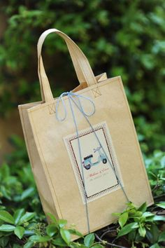Love this little vespa gift bag. Theme for a travel party or shower?