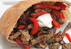 These Mushroom Steak and Fajita are the PERFECT filling healthy meal! #skinnyms #recipes