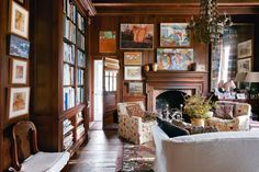 The library of artist Anne Massie's house is cosy and eclectic. While patterned chairs, lots of paintings and a gorgeous rug add colour and visual interest to the wood panelled room; the grand bookshelf is the real star of the show! Big Living Rooms, Accent Chairs For Living Room, Home Living Room, Living Room Decor, Living Spaces, Living Area, Country Style Living Room, Country Chic, Georgian Furniture
